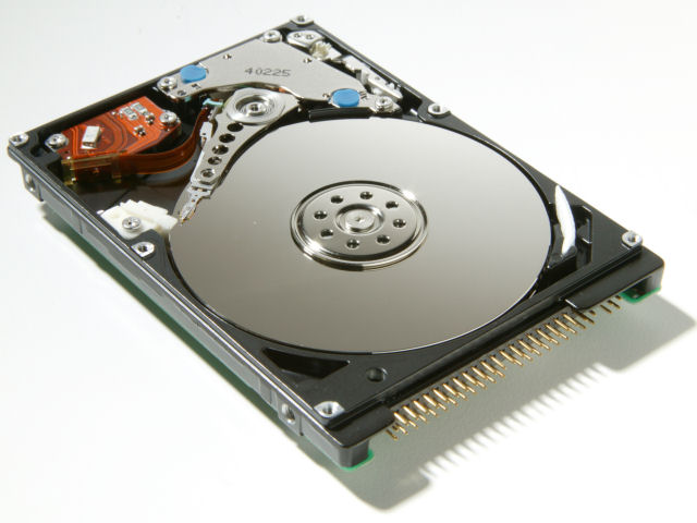 HITACHI Travelstar 5K100 HTS541080G9AT00 80GB 5400 RPM 8MB Cache 2.5 inch ATA-6 Notebook Hard Drive